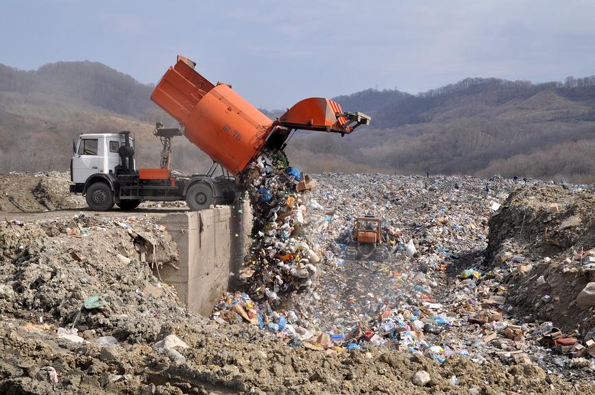 Полигон твёрдых бытовых отходов в Сочи © Виктор Клюшкин / Фотобанк Лори